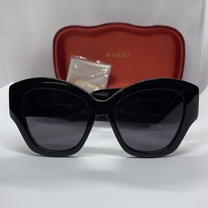 Brand New Auth Latest style Gucci GG0808S Black/Gr